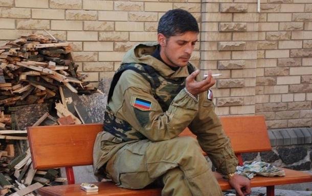 Фото: snr24.com Командир ДНР Гиви в аэропорту Донецка