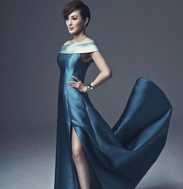Модель из Китая в 50 лет выглядит как двадцатилетняя девушка