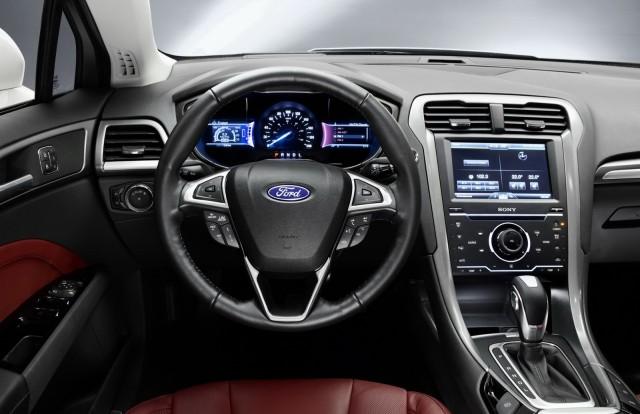 2016-Ford-Mondeo-interior-e1434404184136