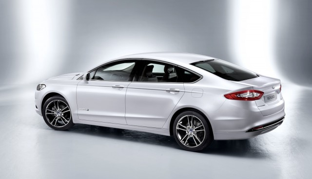 2016-Ford-Mondeo1-e1434404120363