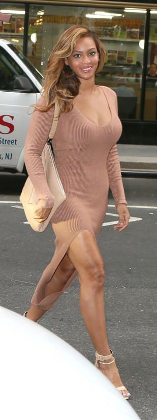 Beyonce-GOTSNYC-Self-Portrait-Givenchy-Street-Style-Tom-Lorenzo-Site-TLO-7