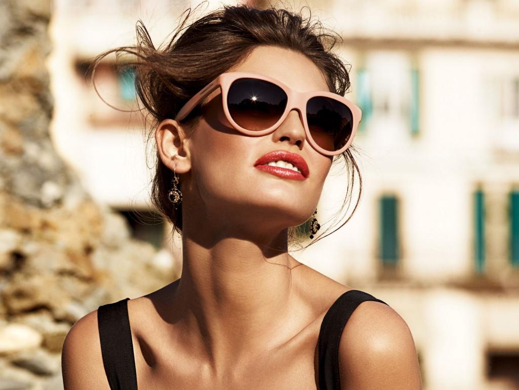 Как выбрать солнцезащитные очки по типу лица?