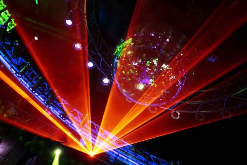Основные особенности лазерного шоу
