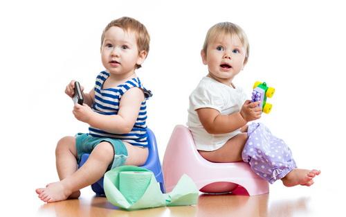 Особенности выбора горшка для малыша