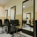 Каким должно быть зеркало для парикмахерской?