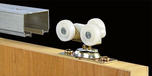 Этапы установки раздвижных дверей с внешним механизмом скольжения