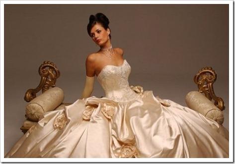 Традиционный стиль: различные силуэты свадебных платьев