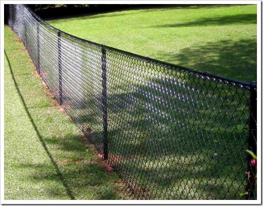 Как установить забор из сетки Рабица?