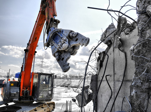 как происходит демонтаж здания