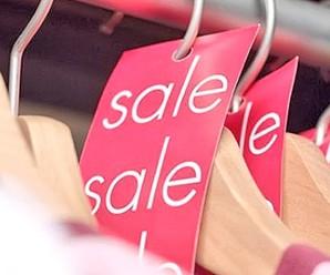 Когда в магазинах одежды начинаются распродажи
