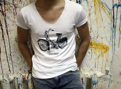 Как выбрать футболку мужчине