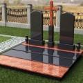 Как правильно установить памятник на могилу