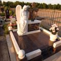 Какие памятники ставят на могилы
