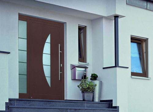 Какие наружные двери лучше
