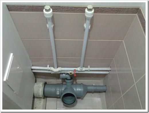 Работы по замене труб канализации