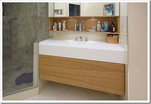 Особенности мебели для ванной из дерева