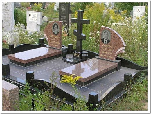 Памятники из агломерата и пластика
